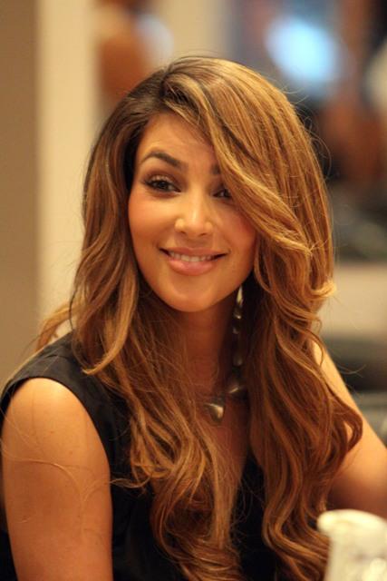Kim Kardashian pedicure 270409