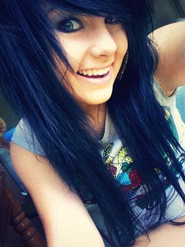 cheveux noir bleuté 2